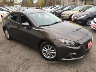 Used 2014 Mazda MAZDA3 GS/ 6 SPEED/ SUNROOF/ CAM/ ALLOYS & MORE! for sale in Scarborough, ON