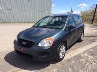 Used 2010 Kia Rondo Familiale 4 portes, 4 cyl. en ligne, LX for sale in Quebec, QC