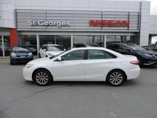 Used 2017 Toyota Camry Berline 4 portes I4, boîte automatique, for sale in St-Georges, QC