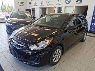 Used 2013 Hyundai Accent AC / AUTOMATIQUE / SIEGE CHAUFFANT for sale in Sherbrooke, QC
