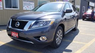 Used 2014 Nissan Pathfinder 7 PASSENGER-TOW PKG-DUAL AIR/HEAT for sale in Tilbury, ON