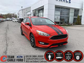 Used 2016 Ford Focus Ford Focus SE 2016, Caméra de recul, Blu for sale in Gatineau, QC