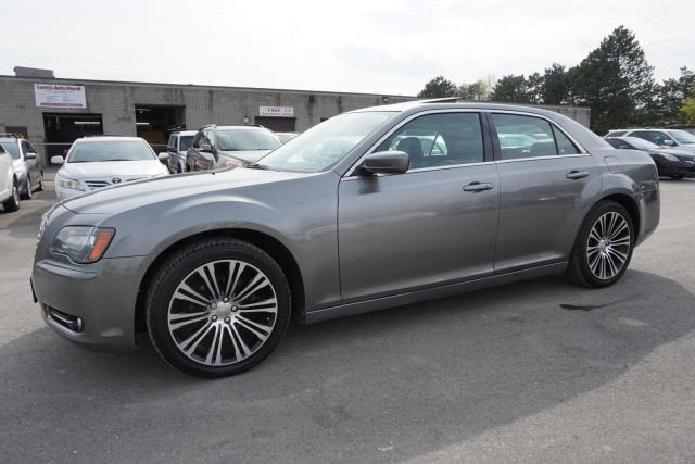 2012 Chrysler 300 S-TYPE V6 CERTIFIED 2YR WARRANTY *NO ACCIDENT* PANO SUNROOF LEATHER T SCREEN