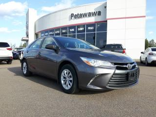 Used 2016 Toyota Camry LE for sale in Pembroke, ON