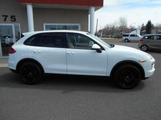 Used 2014 Porsche Cayenne AWD BASE for sale in Lévis, QC