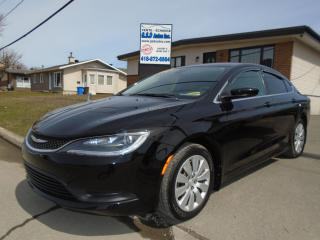 Used 2015 Chrysler 200 2015 Chrysler - 4dr for sale in Ancienne Lorette, QC
