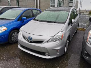 Used 2014 Toyota Prius V CUIR / TOIT PANORAMIQUE / HAYON 5 PORTES for sale in Sherbrooke, QC