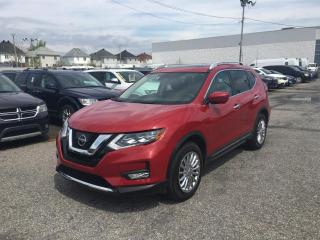 Used 2017 Nissan Rogue SL AWD *CUIR*TOIT*GPS* for sale in Brossard, QC