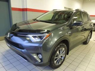 Used 2018 Toyota RAV4 XLE for sale in Terrebonne, QC