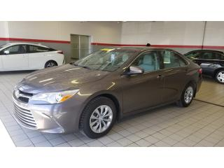 Used 2015 Toyota Camry SE for sale in Terrebonne, QC