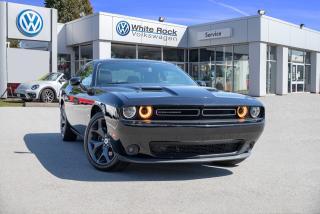 Used 2017 Dodge Challenger SXT *SUNROOF* *NAVIGATION* for sale in Surrey, BC