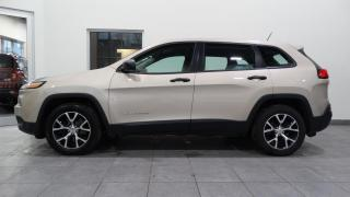 Used 2015 Jeep Cherokee Sport for sale in Trois-Rivières, QC