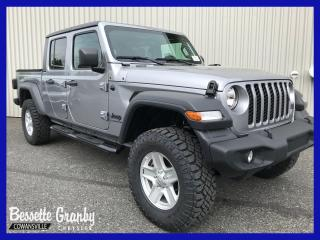 Used 2020 Jeep Gladiator Sport S +Toit Rigide 3 Sections, Technologie+ for sale in Cowansville, QC