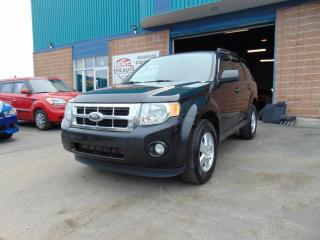 Used 2011 Ford Escape 4 portes, traction avant V6 boîte automa for sale in St-Eustache, QC