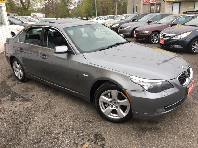 2008 BMW 5 Series 528xi/ AUTO/ AWD/ LEATHER/ SUNROOF/ ALLOYS!