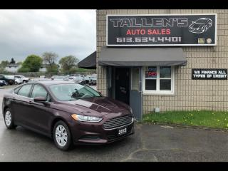 Used 2013 Ford Fusion S for sale in Kingston, ON