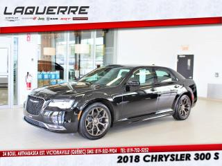 Used 2018 Chrysler 300 S*TOIT PANO*GPS*CUIR*LOOK UNIQUE* for sale in Victoriaville, QC