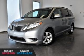 Used 2017 Toyota Sienna LE 8 PASSAGERS for sale in Brossard, QC