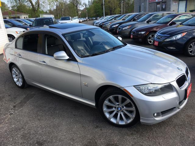 2011 BMW 3 Series EXEC EDITION/ AWD/ NAVI/ SUNROOF/ ALLOYS AND MORE!
