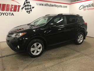 Used 2013 Toyota RAV4 XLE, TOIT OUVRANT, AWD for sale in St-Hubert, QC