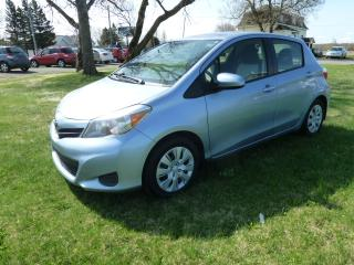 Used 2013 Toyota Yaris Hayon 5 portes, boîte automatique, LE for sale in St-Isidore, QC