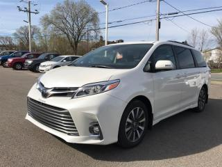 Used 2018 Toyota Sienna LTD for sale in Québec, QC