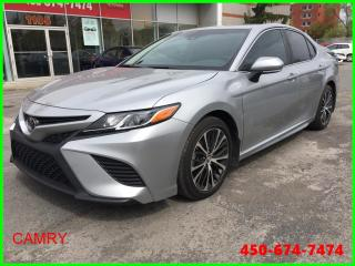 Used 2018 Toyota Camry SE ** AUTOMATIQUE CUIR CAMÉRA RECUL TOIT ** for sale in Longueuil, QC