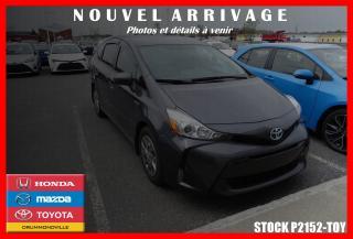 Used 2016 Toyota Prius V De Luxe Nav Sièges for sale in Drummondville, QC