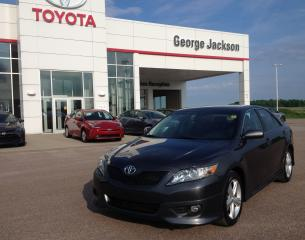 Used 2011 Toyota Camry SE for sale in Renfrew, ON