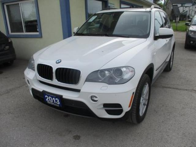 2013 BMW X5 LOADED ALL-WHEEL DRIVE 5 PASSENGER 3.0L - V6.. LEATHER.. HEATED SEATS.. NAVIGATION.. POWER SUNROOF.. BACK-UP CAMERA.. BLUETOOTH SYSTEM..