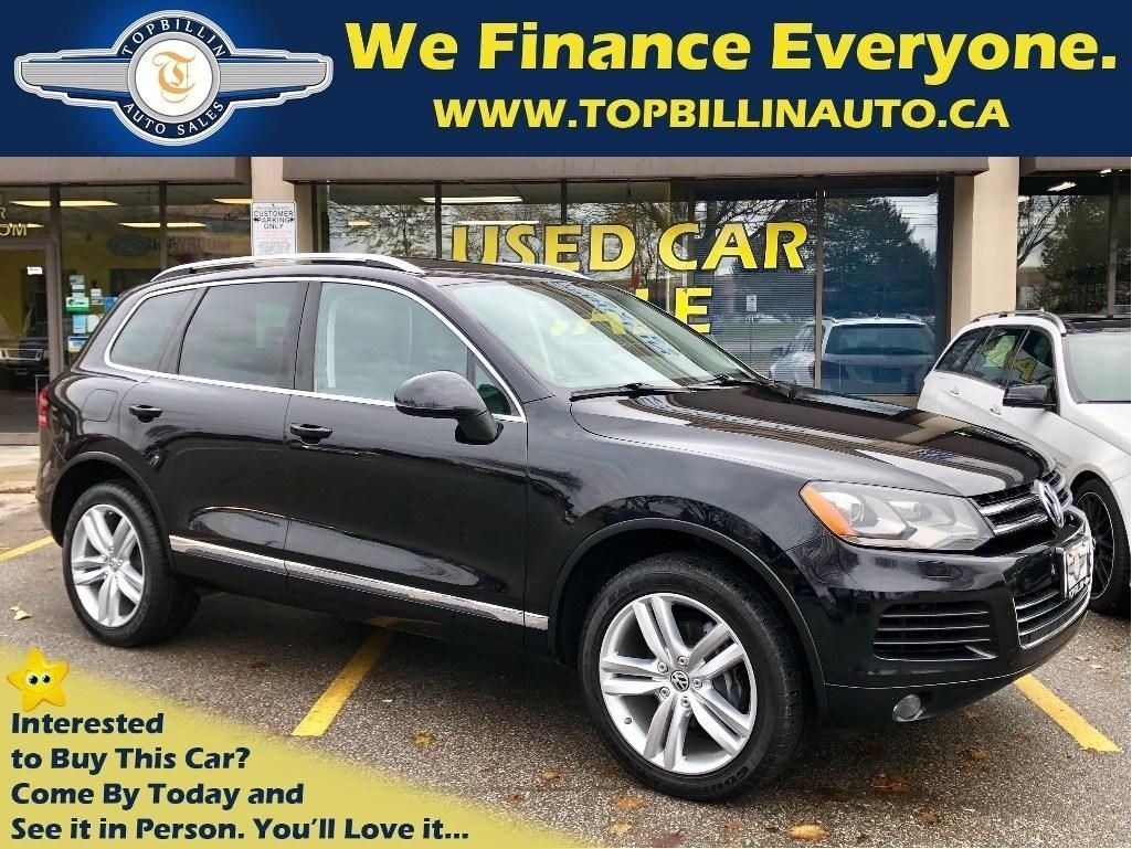 2014 Volkswagen Touareg Highline Navigation, Pano Roof