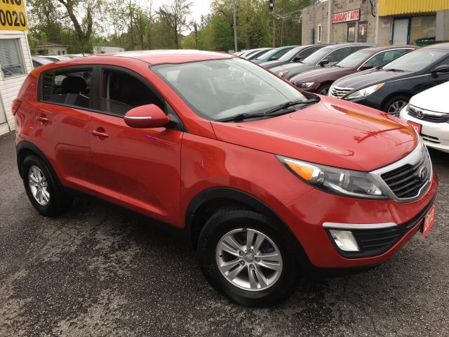 2013 Kia Sportage LX/ 6-SPEED/ BLUETOOTH/ PWR GROUP/ ALLOYS!