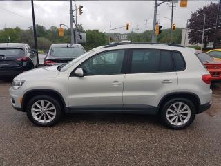 Used 2012 Volkswagen Tiguan TSI 4MOTION *LEATHER-SUNROOF* for sale in Kitchener, ON