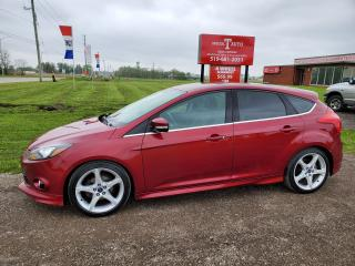 Used 2014 Ford Focus Titanium for sale in London, ON