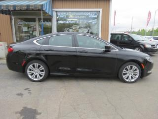 Used 2015 Chrysler 200 Berline 4 portes Limited, traction avant for sale in Prevost, QC