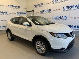 Used 2017 Nissan Qashqai Sv Awd- Bluetooth for sale in St-Raymond, QC