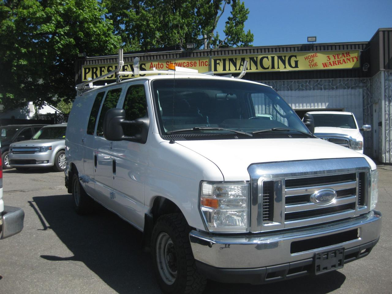 2010 Ford Econoline Commercial E150 AC 4.6L 8Cyl Roof Rack