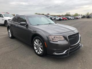 Used 2015 Chrysler 300 TOURING AWD for sale in Lévis, QC