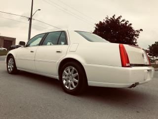 Used 2010 Cadillac DTS Luxury for sale in Mississauga, ON