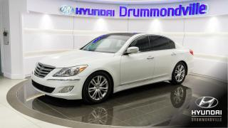 Used 2012 Hyundai Genesis V6 + GARANTIE + TECH PACK + TOIT + MAGS for sale in Drummondville, QC