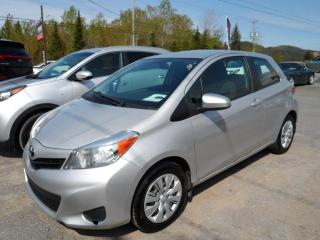 Used 2014 Toyota Yaris Hayon 3 portes, boîte manuelle, AIR CLIM for sale in Val-David, QC