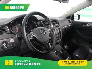 Used 2015 Volkswagen Jetta HIGHLINE TOIT CUIR for sale in St-Léonard, QC