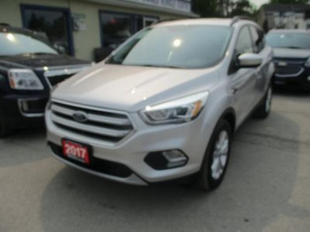 2017 Ford Escape FOUR-WHEEL DRIVE SE MODEL 5 PASSENGER 1.5L - ECO-BOOST.. LEATHER.. HEATED SEATS.. NAVIGATION.. PANORAMIC SUNROOF.. BACK-UP CAMERA.. BLUETOOTH..