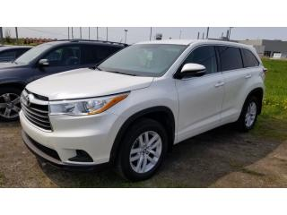 Used 2016 Toyota Highlander LE for sale in Terrebonne, QC