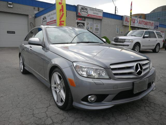 2009 Mercedes-Benz C-Class Accident Free_One Owner_Navi_Sunroof_Leather