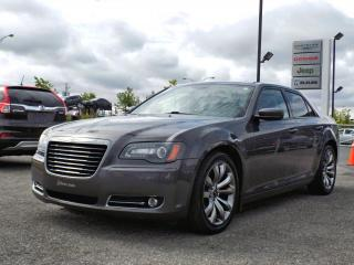 Used 2014 Chrysler 300 S *CUIR*TOIT*GPS* for sale in Brossard, QC