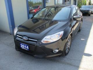 Used 2014 Ford Focus FUEL EFFICIENT SE MODEL 5 PASSENGER 2.0L - DOHC.. HEATED SEATS.. SYNC TECHNOLOGY.. BLUETOOTH SYSTEM.. for sale in Bradford, ON