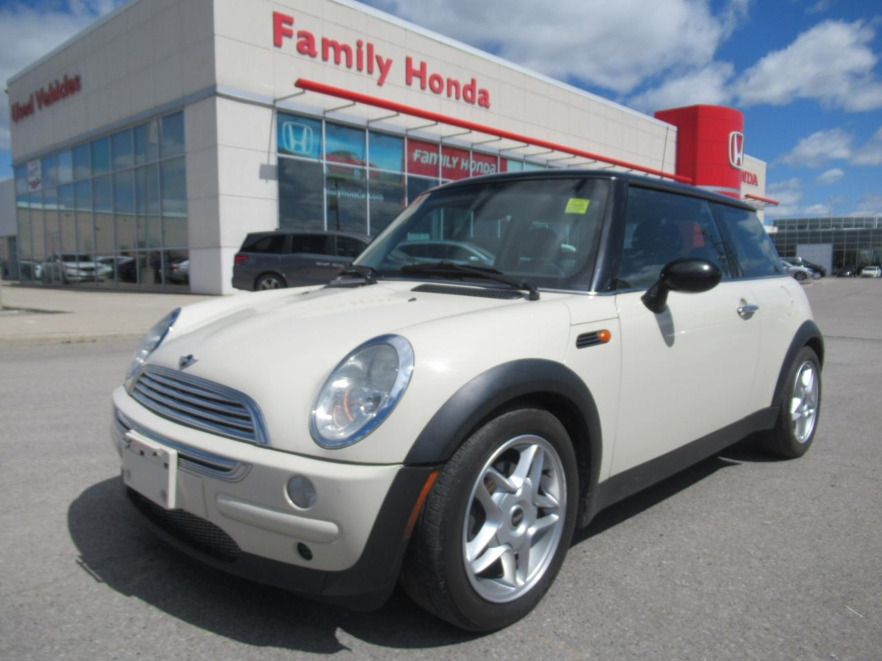 Used 2004 Mini Cooper Classic Heated Seats Mats Included For Sale