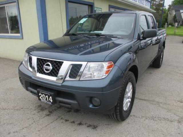2014 Nissan Frontier WORK READY SV MODEL 5 PASSENGER 4.0L - V6.. 4X4.. CREW.. SHORTY.. CD/AUX INPUT.. KEYLESS ENTRY..