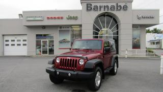 Used 2011 Jeep Wrangler 4X4 MANUELLE 6 VITESSES DEUX TOITS AIR C for sale in Napierville, QC